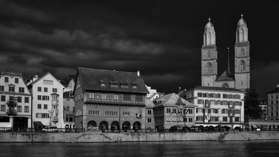 Grossmünster in Zurich, Switzerland, just before a thunderstorm Leica M9, Summicron 35mm, bw conversion in SilverEfx